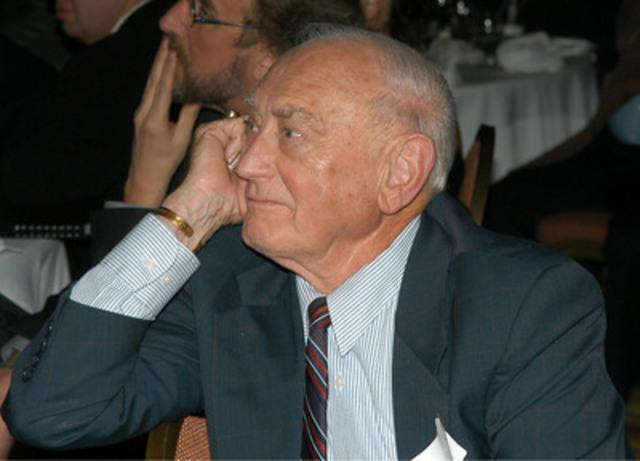 Frank Selke (Groupe CNW/Olympiques spéciaux Canada)