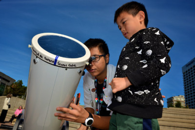 The Ontario Science Centre participates in Science Odyssey, a nationwide celebration of science, by offering solar observing, a star party and other space-themed programs for the public from May 9 to 14, 2016. (CNW Group/Ontario Science Centre)
