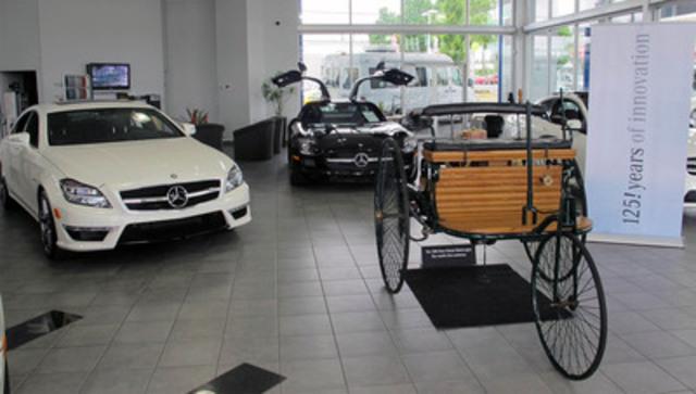 Il y a plus de 125 ans, Carl Benz déposait une demande de brevet pour son véhicule motorisé à trois roues, révolutionnant ainsi les transports et établissant au bout du compte les fondations nécessaires au développement de toutes les voitures de tourisme et de tous les véhicules commerciaux et autobus des temps modernes. Aujourd'hui, Mercedes-Benz Canada a le plaisir d'annoncer qu'elle a lancé une tournée pancanadienne dans le cadre de laquelle la Benz Patent-Motorwagen originale traversera le pays pour contribuer à commémorer cet anniversaire historique. (Groupe CNW/Mercedes-Benz Canada Inc.)