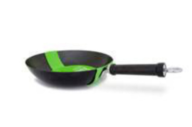 "Important Safety Notice: Loblaw Issues Voluntary Recall of Everyday Essentials 12"" Non-Stick Pan - UPC 57197 00673 (CNW Group/Loblaw Companies Limited)"