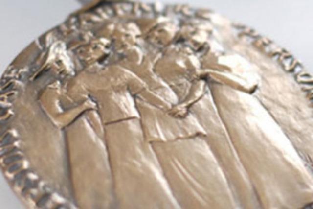 Prix du Gouverneur général en commémoration de l''affaire « personne » (Groupe CNW/Condition féminine Canada)