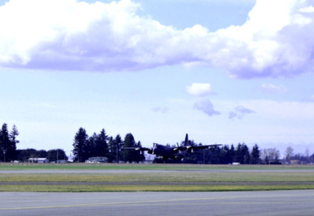 F.A.M. C130K taking off at Abbotsford International Airport (CNW Group/Cascade Aerospace Inc.)