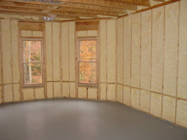Icynene spray foam insulates and air seals the home for year-round comfort (CNW Group/Icynene Corp.)