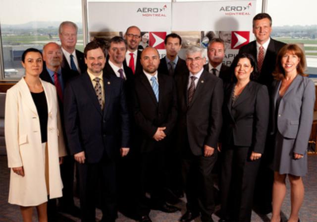 En la présence de M. Clément Gignac, Ministre du Développement économique, de l'Innovation et de l'Exportation et de M. Alain Paquet, Ministre délégué aux Finances, Aéro Montréal, la grappe aérospatiale du Québec, lance les opérations de l'initiative MACH chez Bombardier Aéronautique (Groupe CNW/AERO MONTREAL)