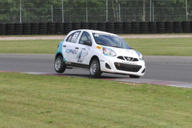 Deux nouveaux podiums pour le pilote d'Edmonton, Stefan Rzadzinski. (Groupe CNW/Nissan Canada Inc.)