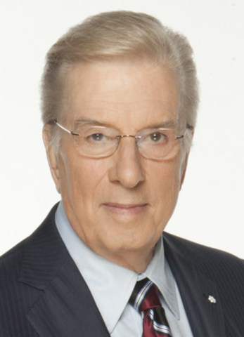 Lloyd Robertson, the longtime anchor of CTV National News who is now host and chief correspondent for CTV's W5 investigative news program, is the recipient of the CJF Lifetime Achievement Award. He will be honoured at the CJF Awards in Toronto on June 16. (CNW Group/Canadian Journalism Foundation)