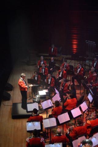"Con Forza concert begins. First part. The Musique du Royal 22e Régiment performs the theme song ""Vent d'espoir"" at the Palais Montcalm, Quebec city, june 30th 2014 (CNW Group/National Defence)"