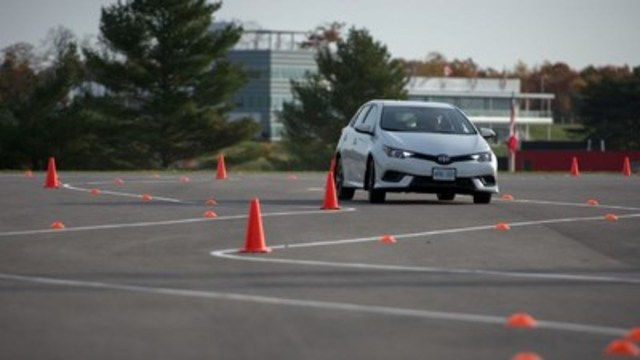 Handling Course (CNW Group/Automobile Journalists Association of Canada)
