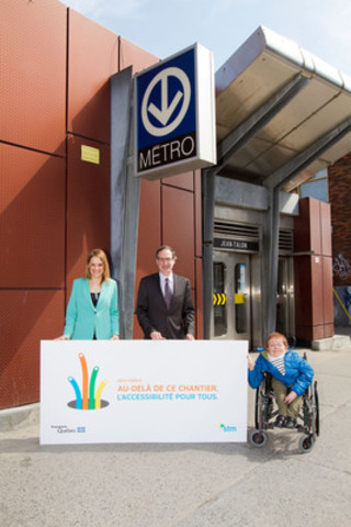 The Chairman of the STM's Board of Directors, Mr. Michel Labrecque, accompanied by two other Board members, Mme Elsie Lefebvre, borough councillor for Villeray-Saint-Michel-Parc-Extension (on the left), and Mme Marie Turcotte, representative for paratransit users, launches the elevator installation work at the Jean-Talon station. (CNW Group/Société de transport de Montréal)