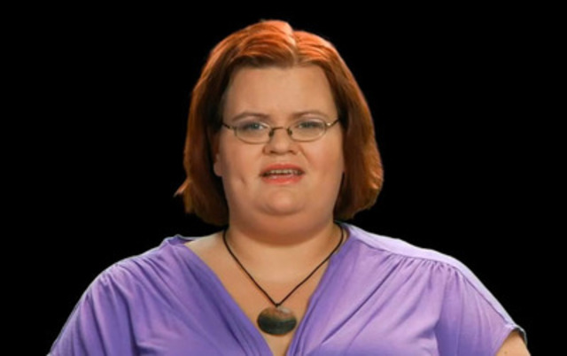 Testimonial video: Marie-Claude, a 29 year-old woman, talks about her lifetime fight against morbid obesity and gives a glimmer of hope to morbidly obese people.