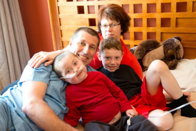 La famille Grimard au Manoir Ronald McDonald du Nord de l'Alberta (Groupe CNW/WestJet)