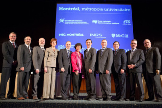 The two spokesperson of Montréal, métropole universitaire forum, Michel Leblanc and Louise Roy, accompanied by the nine leaders of Montreal's universities. (CNW Group/Les universités de Montréal)