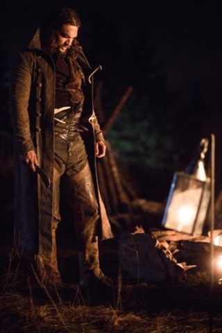Declan Harp (Jason Momoa) in FRONTIER, the six-episode, one-hour drama from Discovery Canada series currently shooting in Newfoundland, Canada. FRONTIER follows the chaotic and violent struggle to control wealth and power in the North American fur trade of the late 18th century, created by Rob Blackie and Peter Blackie, directed by Brad Peyton. Photo credit: Duncan de Young. (CNW Group/Discovery)