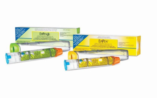 EpiPen® and EpiPen® Jr (epinephrine) Auto-Injectors (CNW Group/Pfizer Canada Inc.)