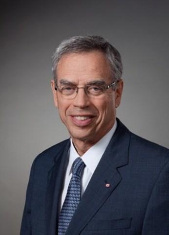 L'Honorable Joe Oliver (Groupe CNW/Institut économique de Montréal)