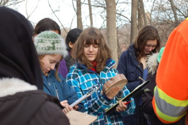 Throughout the month of April, high school students across Ontario will participate in the 2016 Ontario Envirothon regional competitions. The Ontario Envirothon inspires high school students across the province to learn about natural ecosystems and to foster a healthier environment through their actions. (CNW Group/Forests Ontario)