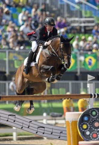 Nick Skelton and Big Star, individual gold medalists at the 2016 Rio Olympic Games, will headline international show jumping competition at the Royal Horse Show, held as part of The Royal Agricultural Winter Fair, from November 4 to 13, 2016. Photo by Cealy Tetley (CNW Group/Royal Agricultural Winter Fair)