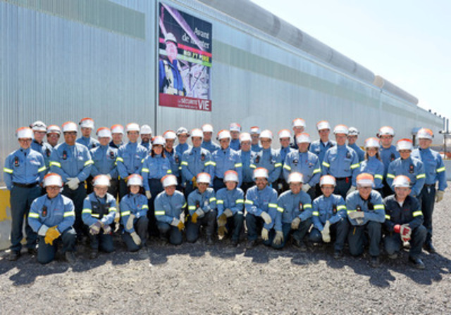 Group of employees from Arvida Aluminium Smelter, AP60 Technology Centre (CNW Group/RIO TINTO ALCAN - EN)