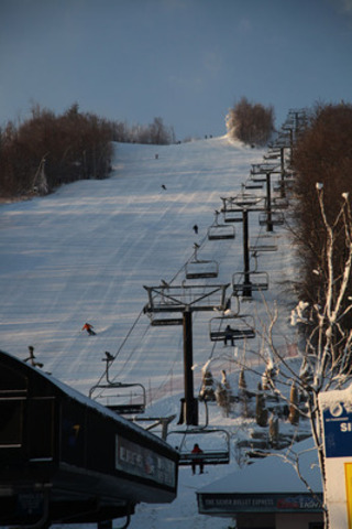 Slopes open for the season at Blue Mountain Resort near Collingwood, Ontario on December 12, 2012 (CNW Group/Blue Mountain Resorts Limited)