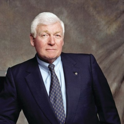 Mr. L.R. Wilson, Chairman of The Wilson Foundation and Chancellor of the Canadian Business Hall of Fame (CNW Group/Junior Achievement of Canada)