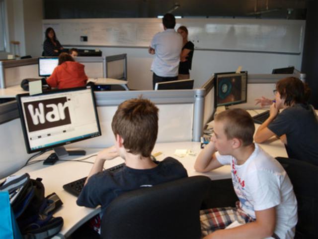 La CRÉ de Montréal et Ubisoft lance le premier camp de base en jeu vidéo (Groupe CNW/CONFERENCE REGIONALE DES ELUS (CRE) DE MONTREAL)