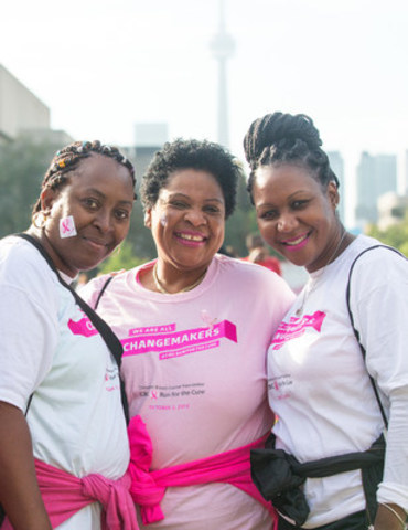 Participants support the breast cancer cause at the Canadian Breast Cancer Foundation CIBC Run for the Cure in Toronto. Photo credit: Sarjoun Faour (CNW Group/Canadian Breast Cancer Foundation)