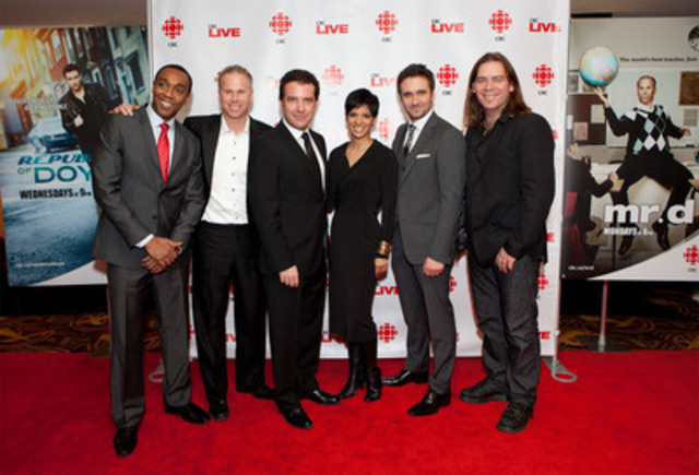 The stars of CBC Television's Winter Season hit the red carpet with CBC News Toronto stars for a sneak-preview screening of Mr. D and Republic of Doyle (left to right: Dwight Drummond, Gerry Dee, Rick Mercer, Anne-Marie Mediwake, Allan Hawco, Alan Doyle). (CNW Group/CBC/RADIO-CANADA)