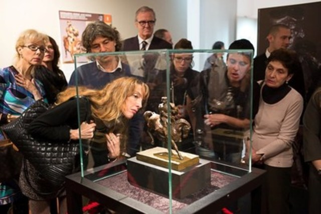 Exposition a Milan de la sculpture Le Cheval de Léonard. (Groupe CNW/Da Vinci Horse and Rider)