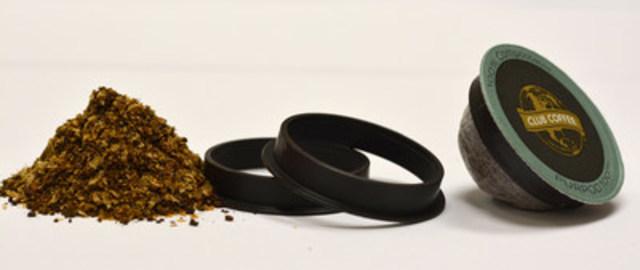 Charpie de café, anneau marron distinctif et dosette à portion unique PurPod100(MC) certifiée 100 % compostable par BPI pour café, thé et autre boisson chaude; compatible avec la plupart des systèmes d'infusion de style Keurig(R). (Groupe CNW/Club Coffee)