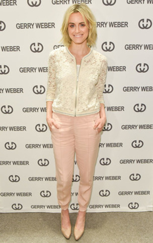 Actress Taylor Schilling attends the launch of womenswear brand GERRY WEBER at Yorkdale Mall, Toronto, Canada. Hosted by top PR firm Faulhaber Communications, the Orange is the New Black star wore GERRY WEBER apparel to the event. GERRY WEBER is an international fashion brand that recently expanded in North America. Photographer credit: George Pimentel. (CNW Group/Faulhaber Communications)