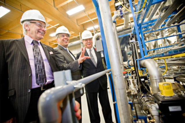 Mr. Pierre Lapointe, President of FPInnovations, Mr. Jean Moreau, President and CEO of CelluForce and Mr. John D. Williams, President and CEO of Domtar, in the CelluForce plant, the world's first NanoCrystalline Cellulose demonstration plant (CNW Group/CELLUFORCE)