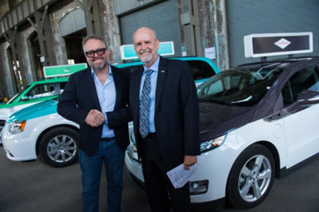 Alexandre Taillefer, associé principal de XPND Capital et fondateur de Taxelco en compagnie de Dominique Roy, président et directeur général de Taxi Diamond. (Groupe CNW/Taxelco)