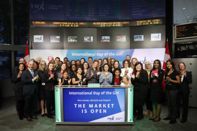 Madame Sophie Grégoire Trudeau and girls representing G(irls)20, FitSpirit/Fillactive and Plan International Canada joined Mary Lou Hukezalie, Senior Vice President, Group Head of Human Resources, TMX Group to open the market to celebrate International Day of the Girl.  Since its launch in 2011, International Day of the Girl has become an opportunity to come together to help galvanize worldwide investment in girls so they can reach their full potential. The girls are also joined by Som Seif of Purpose Investments Inc. Girls as economic actors can bring about change for themselves, their families, and their countries. To learn more visit FitSpirit/Fillactive, G(irls)20 or Plan International Canada (CNW Group/TMX Group Limited)