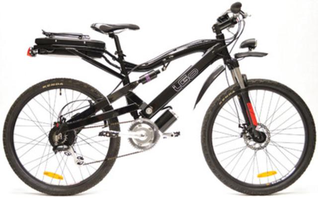 Staples Canada/Bureau en Gros propose le vélo électrique Titan, d'iGo Electric, cadeau parfait pour la fête des Pères. (Groupe CNW/Staples Canada/Bureau en Gros)