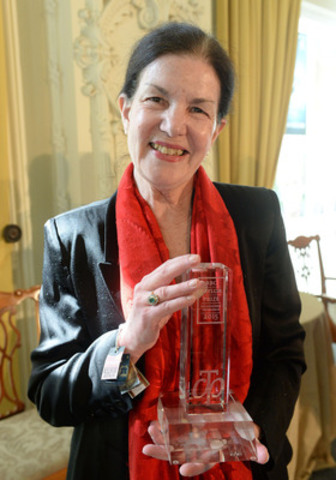 2015 RBC Taylor Prize winner Plum Johnson - Photo Tom Sandler (CNW Group/RBC Taylor Prize)