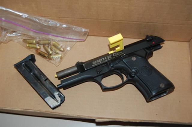 Arme à feu et munitions (Groupe CNW/Police provinciale de l'Ontario)