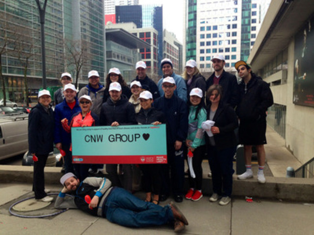 Team CNW Group gathers for today's Big Bike ride. (CNW Group/CNW Group Ltd.)