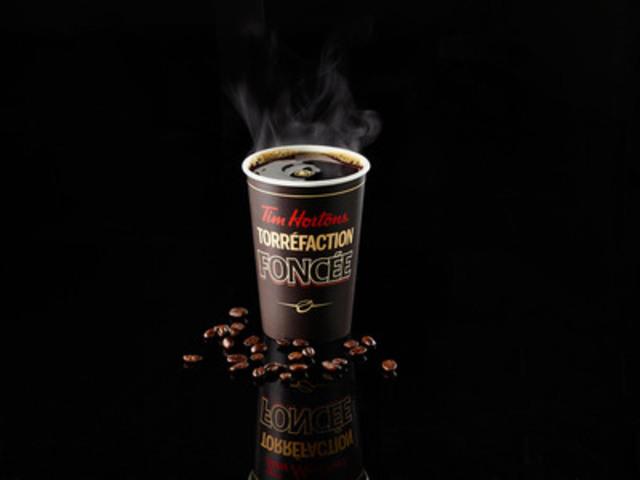 Du 22 au 29 septembre 2014, juste à temps pour la Journée nationale du café, les invités de Tim Hortons de partout au pays peuvent savourer un petit café de torréfaction foncée pour seulement 1 $. (Groupe CNW/Tim Hortons)