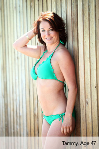 Tammy, 47, Shimmer Halter and Mini Hipster by Seafolly. (CNW Group/Swimco)