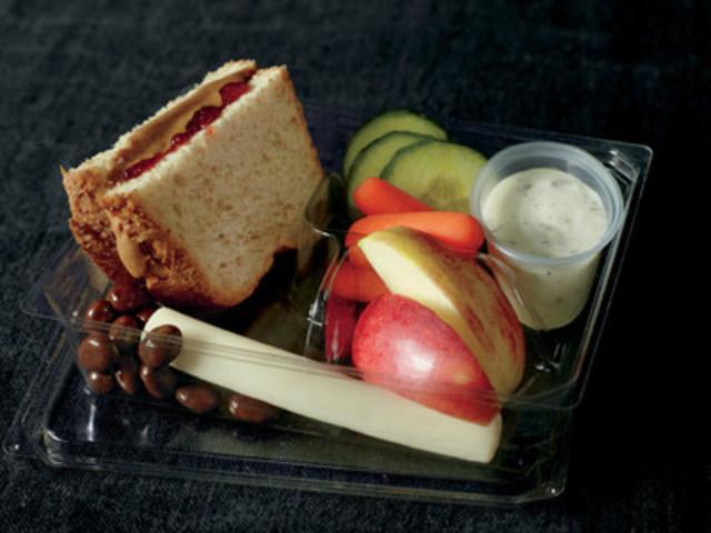 NOUVEAU! Offre d'une durée limitée – boîte bistro Beurre d'arachide et tartinade de fraise sur pain de blé (Groupe CNW/Starbucks Coffee Canada)