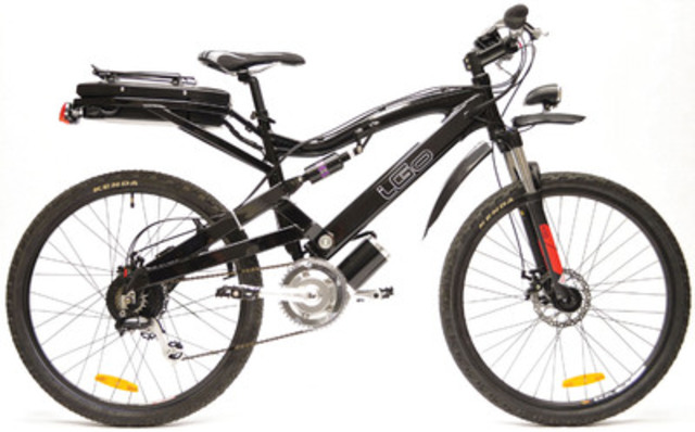 Staples Canada has the iGo Electric Titan Electric Bike, perfect for dad on Father's Day. (CNW Group/Staples Canada Inc.)