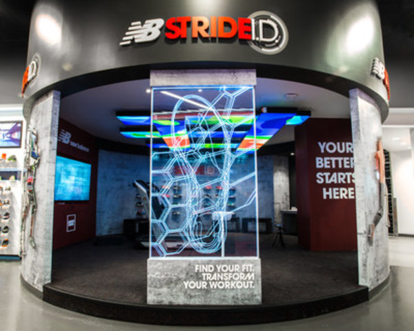 New Balance Stride I.D. Experience Lab at SportChek Sherway Gardens (CNW Group/New Balance)