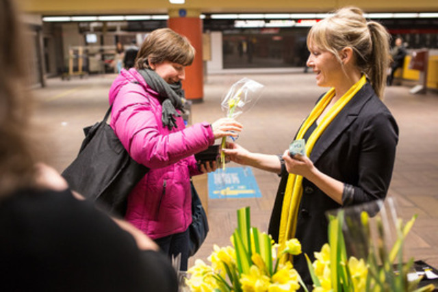 The Canadian Cancer Society's daffodils are back until Sunday. Across Quebec, two million daffodils will be sold at 1,800 sales points. A wonderful way to support cancer research, contribute to prevention efforts and support those who are living with the disease. (CNW Group/Canadian Cancer Society)