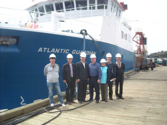 Representatives from Hyundai Heavy Industry and the Canadian Naval Engineering Test Establishment (NETE) during a visit to Clearwater's scallop fishing vessel the Atlantic Guardian. (L-R) Kyoung Oh Jung, Uttan Kim, Gyu-Tae Lee (Hyundai), Steve Donaldson (Thermalfrost), Si Soong (Interpreter), Jean Lavarque (NETE) and Insik Moon (Hyundai). (CNW Group/Clearwater Seafoods Limited Partnership)