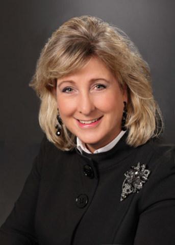 Brenda Sweeney ARP, FSCRP - Hamilton, ON (Groupe CNW/Société canadienne des relations publiques)