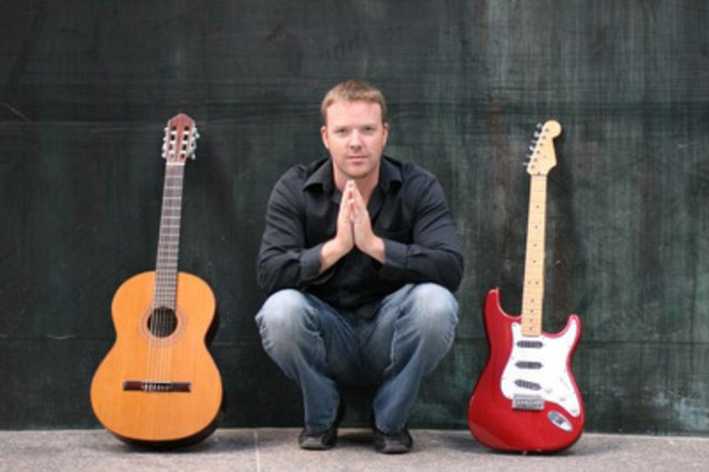 Toronto-based guitar aficionado and pedagogue Jeff Gunn is proud to announce he will be traveling across Canada for Hidden Sounds/Hidden Self workshops presented by Mayfair Music Publications and Long & McQuade to highlight key musical ideas from his book Hidden Sounds: Discover Your Own Method On Guitar Series. (Photo Credit: Allison Eastman-Love) (CNW Group/Hidden Sounds: Discover Your Own Method On Guitar Series)