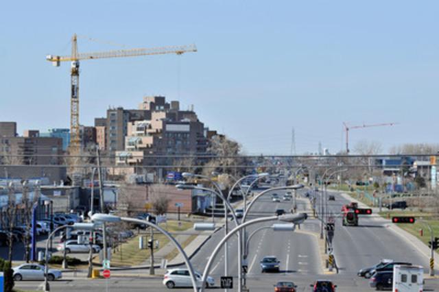 La construction immobilière est en forte croissance à Saint-Laurent depuis plusieurs années. (Groupe CNW/VILLE DE MONTREAL - ARRONDISSEMENT DE SAINT-LAURENT)