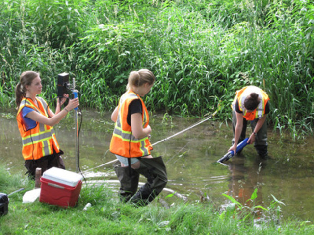 Researchers from the Southern Ontario Water Consortium (SOWC) and IBM are using first-in-Canada technology along the Grand River to make new water discoveries. By collecting and analyzing data from sensors throughout the river, researchers can better predict floods, protect drinking water and safeguard fragile ecosystems. The Grand River is an urbanizing watershed with a unique mix of pristine, urban and agricultural land uses making it a perfect place for research and the development of water technologies. (CNW Group/IBM Canada Ltd.)