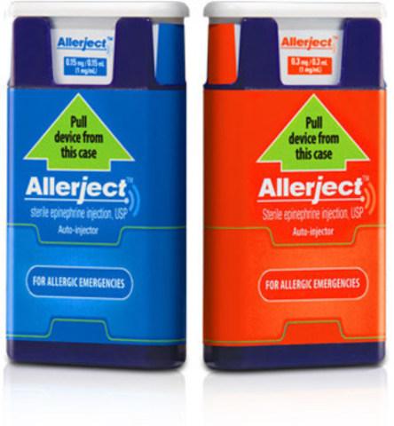 Étiquette principale des deux produits touchés. L'étiquette du produit à 0,15 mg/0,15 ml est bleu et celle du produit à 0,3 mg/0,3 ml est rouge (Groupe CNW/Santé Canada)