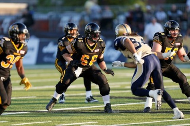 Greg Wojt, two-time CFL All-Star and Grey Cup champion. (CNW Group/HighMark Health)